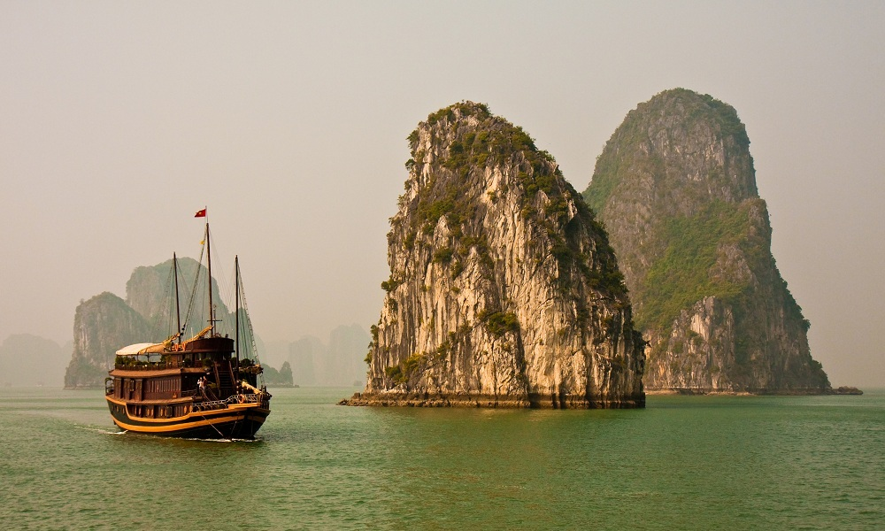 Ha Long Bay 5