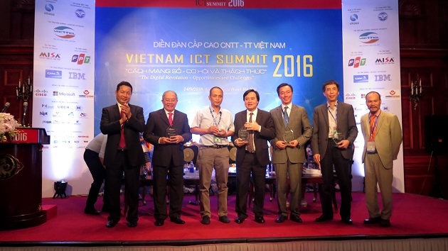 ICT_VietNam_Summit_2016-3