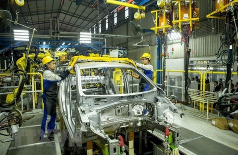 VN to support domestic automobile industry projects